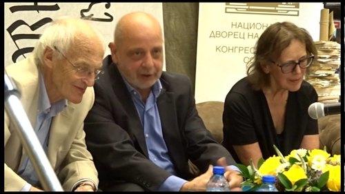 """Embedded thumbnail for Романът """"Стремглаво"""" на Майкъл Фрейн: Премиера в България"""